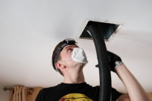hvac company cleaning air vent ducts